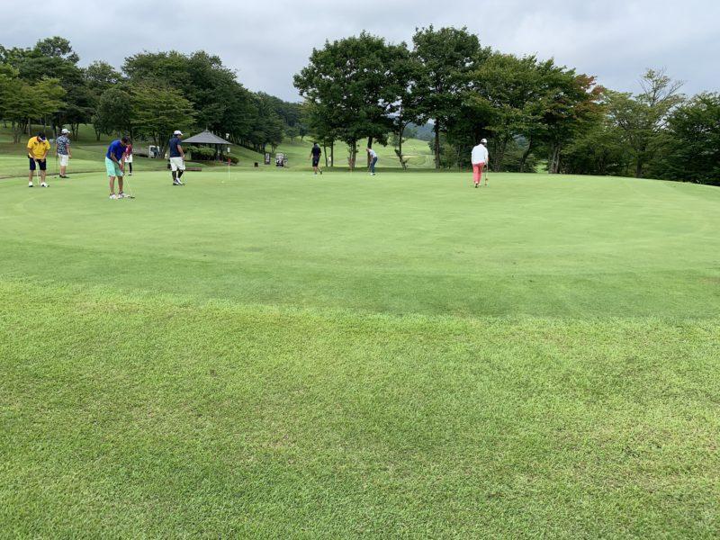 白河ゴルフ倶楽部練習グリーン